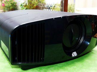 Test SONY VPL-VW270ES